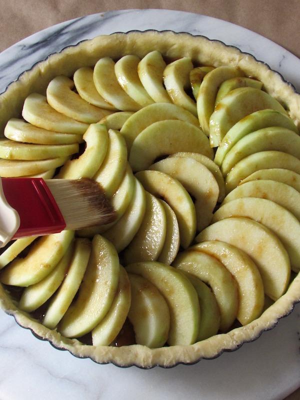Apple tart pre-bake