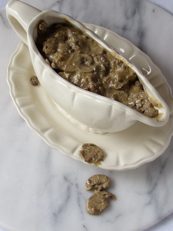 Vegan Mushroom Gravy 2