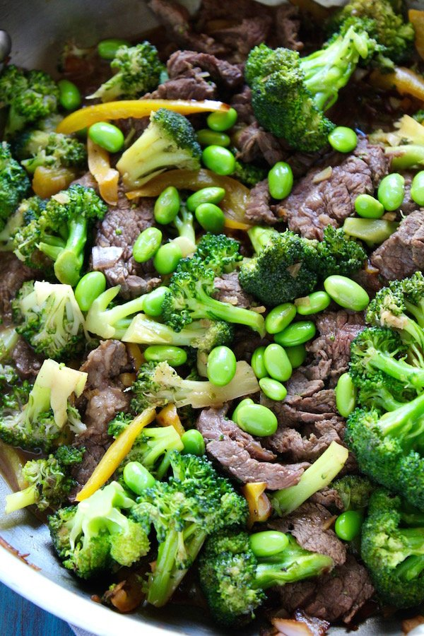 beef and broccoli udon bowl stirfry