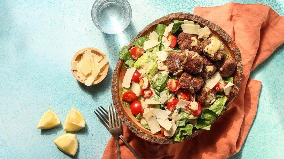Easy Caesar Salad with lamb