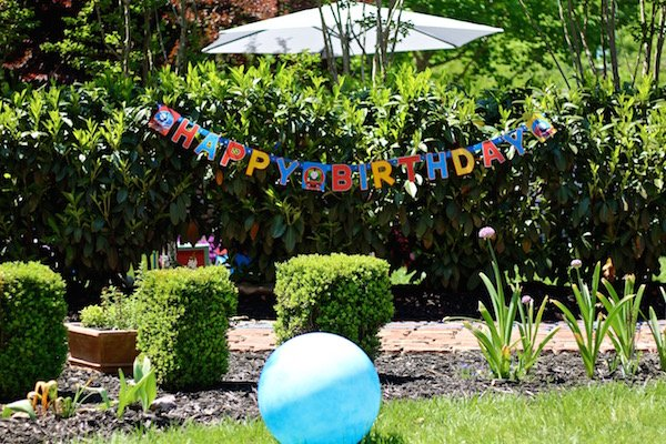thomas the train party supplies happy birthday sign