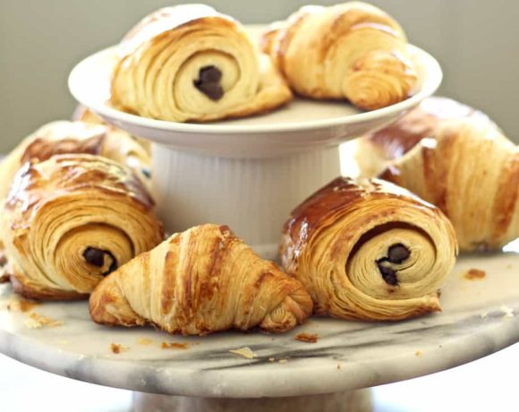 FRENCH CROISSANT RECIPE   CHOCOLATE CROISSANTS (40 STEP-BY-STEP PHOTOS)