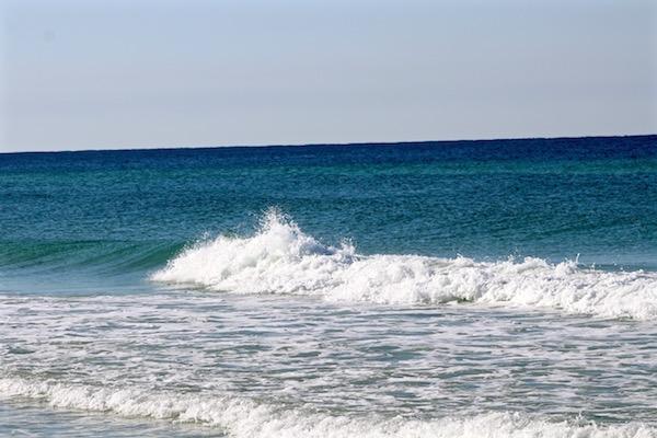 destin florida beach waves