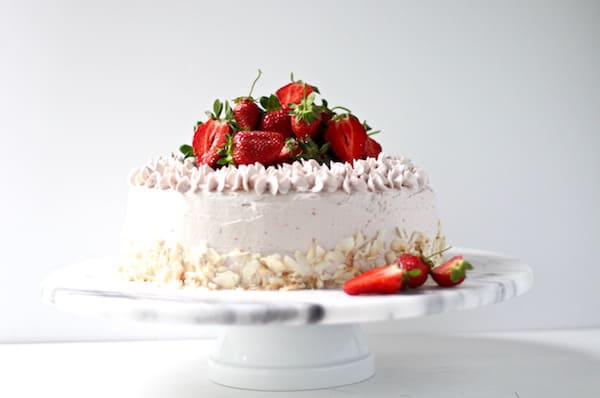 Dreamy strawberry cake with not-too-sweet-buttercream