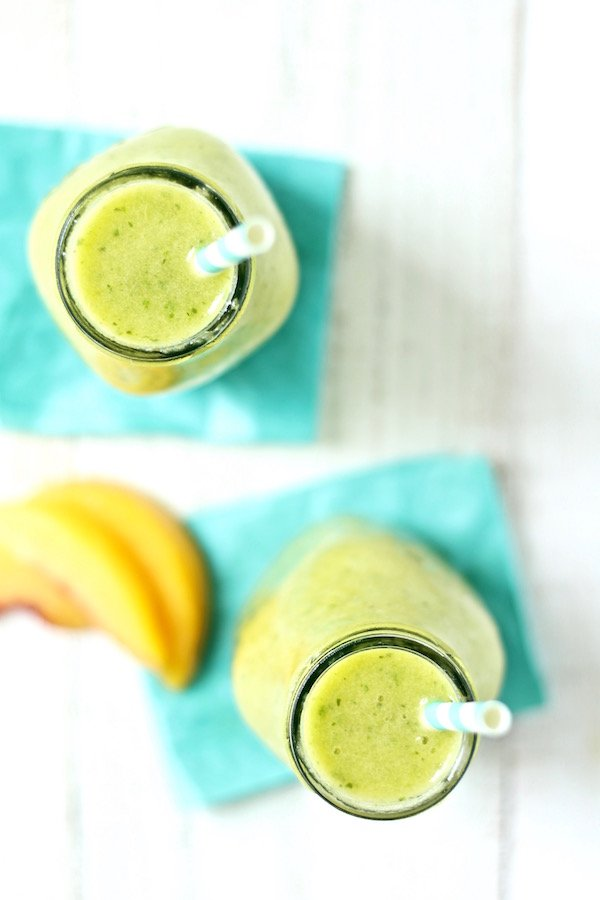 Green mango peach smoothie recipe is sugar free and dairy free and is the perfect summer beverage!